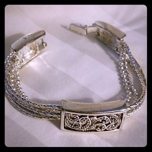 Jewelry - Silver Paisley Pattern Holiday Bracelet